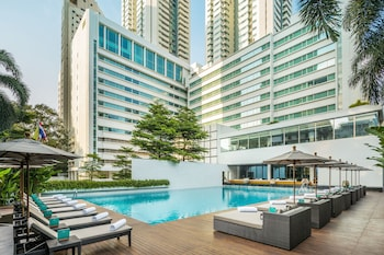 COMO Metropolitan Bangkok - Featured Image