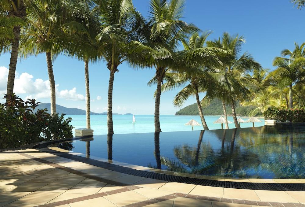 https://i.travelapi.com/hotels/1000000/990000/984700/984689/b239a229_z.jpg