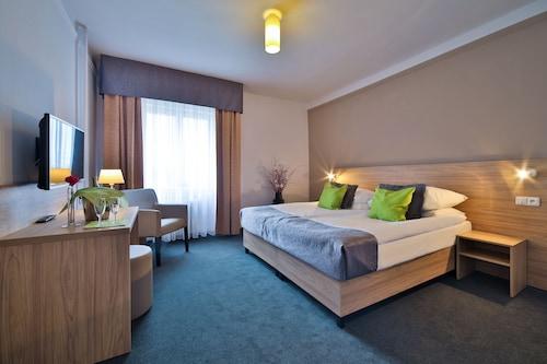 Atlantic Hotel, Praha 1