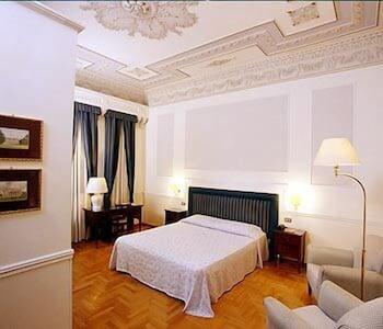 Hotel - Hotel Flora