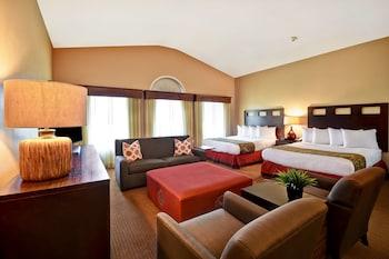 Deluxe Studio Suite, 2 Queen Beds