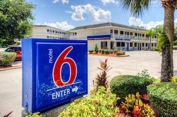 Hotel - Motel 6 Bradenton