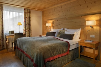Chalet Classic Double Room, Mountain View