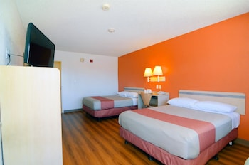 Standard Room, 2 Double Beds, Accessible, Non Smoking
