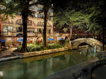 Mokara Hotel & Spa San Antonio photo