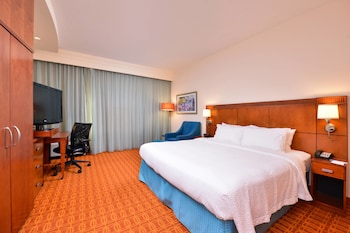 Guestroom at Fairfield Inn & Suites Orlando Ocoee in Ocoee