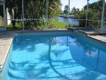 Hotel - Villa Emerald Coast- Private Villa