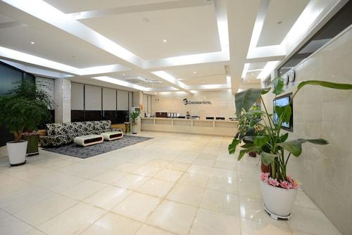 E Cheonan Hotel, Cheonan
