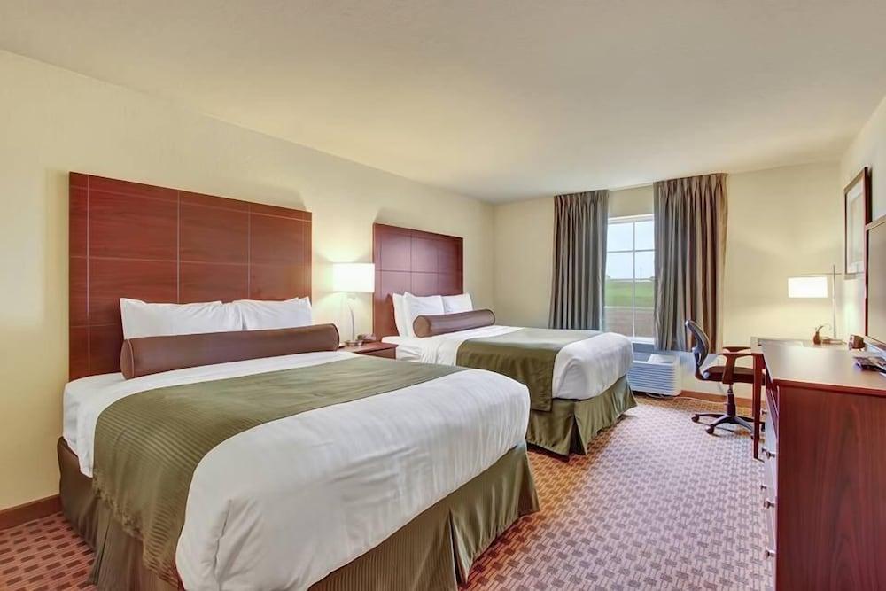 Cobblestone Hotel & Suites - Waynesboro, Franklin