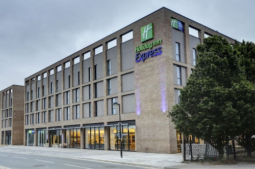 . Holiday Inn Express London - ExCeL