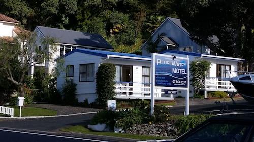 . Blue Water Motel