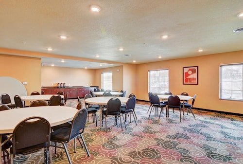 Cobblestone Hotel & Suites - Punxsutawney, Jefferson
