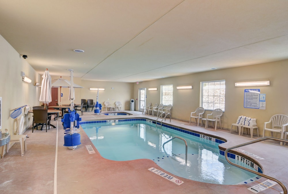Pool 4 of 76