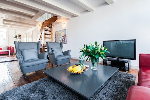 . Short Stay Group Nieuwmarkt Area Serviced Apartments