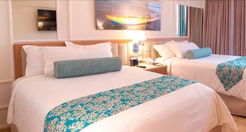 Deluxe Resort View, 2 Double Beds- FLEX CANCELLATION,Up to US$1500 Resort Credit