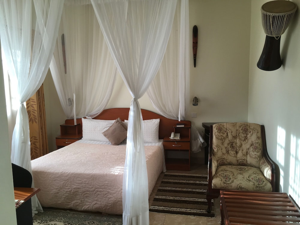 Suite : Standard Room, 1 Bedroom, Ensuite, Garden View 25 of 142