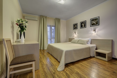 Valesko Hotel & Spa, Leninskiy rayon