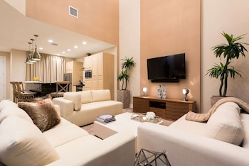 Villa, 4 Bedrooms, Non Smoking, Lake View (2 Floors)