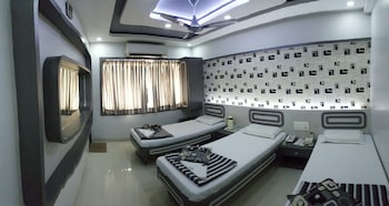 Triple Bed Super Deluxe