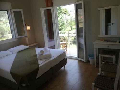 . Rastoni Guest House Skopelos