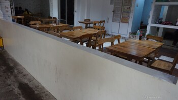 Rooms 498 Mandaluyong Dining