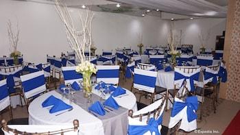 Rooms 498 Mandaluyong Banquet Hall