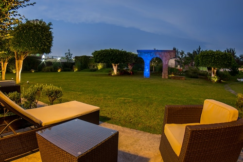 Hotel Estancia, Guadalajara