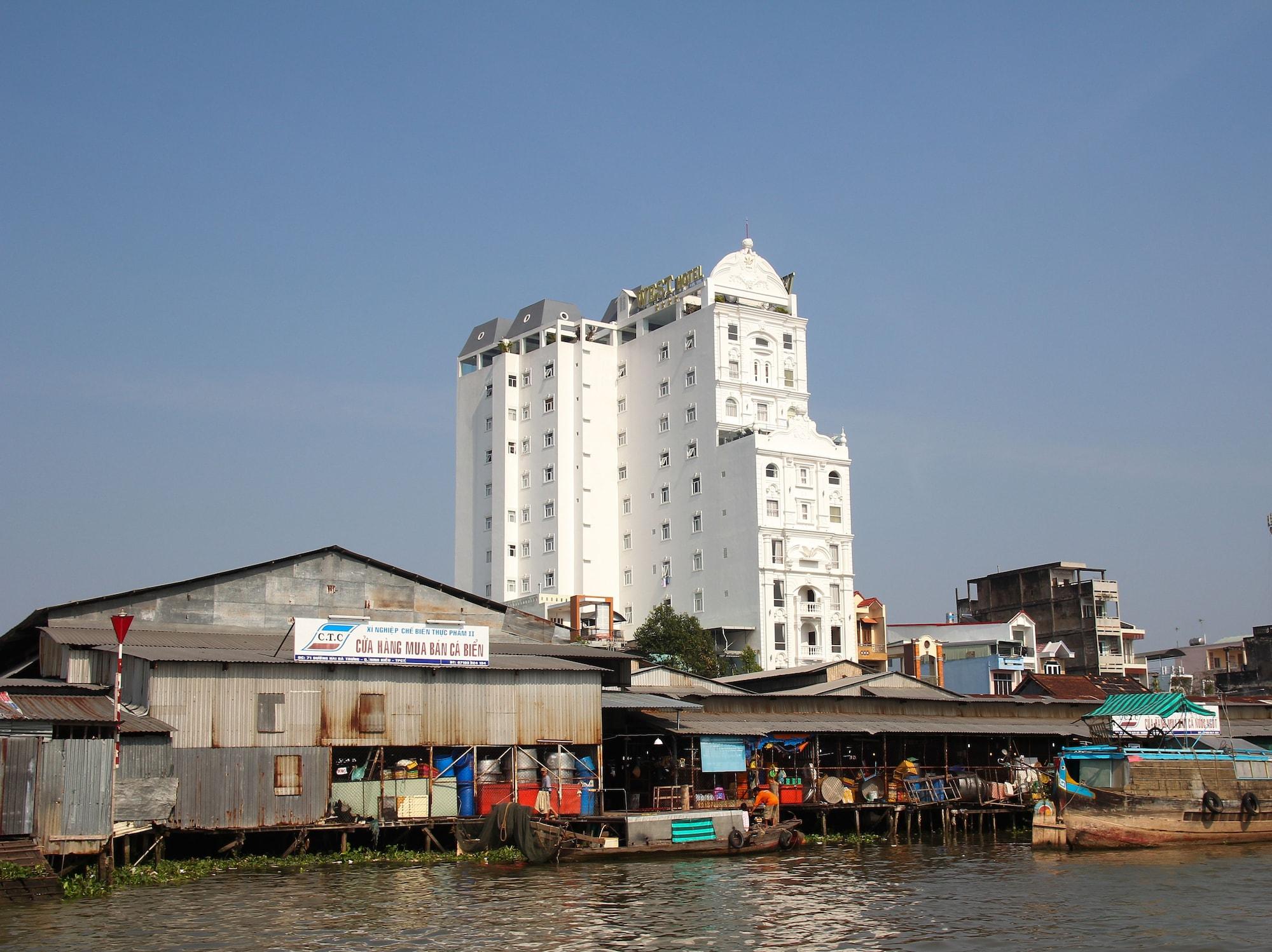 West Hotel, Ninh Kiều