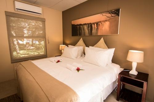 Victoria Falls Waterfront, Livingstone