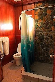 Kayla'a Beach Resort Bohol Bathroom