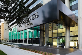 吉拉內大道飯店 Avenue Hotel Canberra