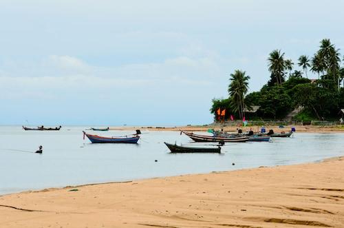 . Sananwan Beach B&B