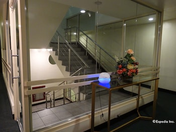 Dcircle Hotel Manila Staircase