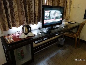 Dcircle Hotel Manila Room Amenity
