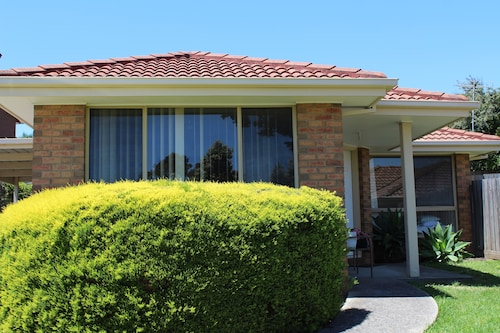 Australian Home Away @ Doncaster Andersons Creek 2, Manningham - West