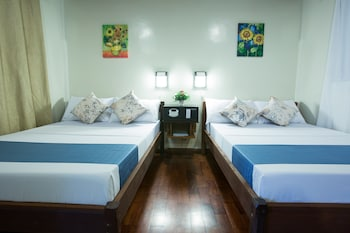 Palm Beach Resort Batangas Room