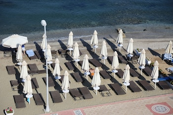 B&B Yüzbaşı Beach Hotel - Hotel Front  - #0