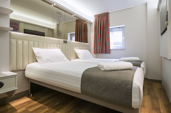 Point A Hotel - London, Canary Wharf - Guestroom  - #0