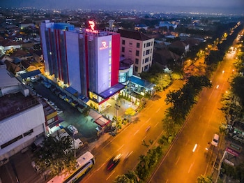 Hotel - Red Planet Surabaya