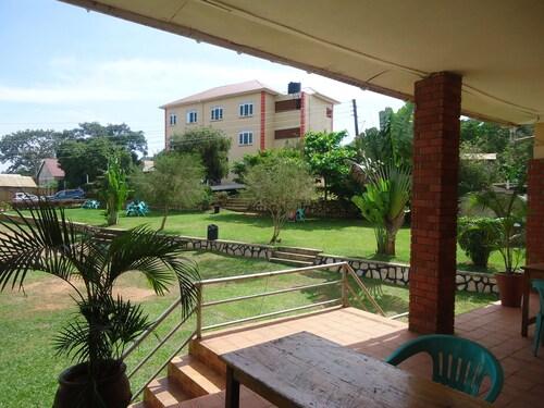 Dreams Guest House, Busiiro