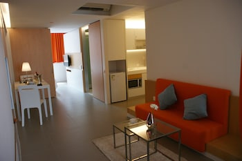 Hotel - 60 West Suites Hotel