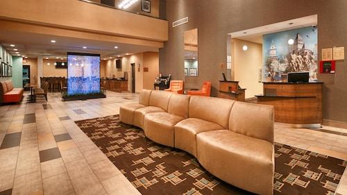 . Best Western Plus Atrium Inn & Suites