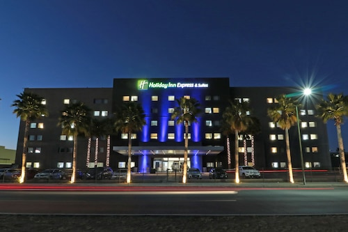 . Holiday Inn Express & Suites Hermosillo