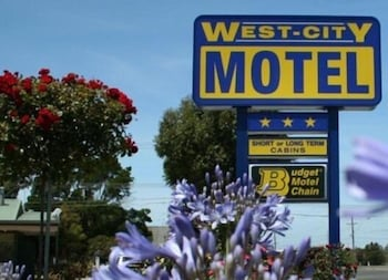 Hotel - West City Motel