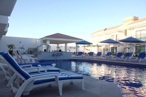 Marena Suites and Apartments, Mazatlán