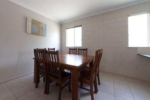 Rockhampton Serviced Apartments, Rockhampton