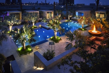 Hotel - Four Seasons Hotel Bahrain Bay