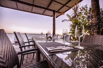 Atlantis Dive Resort Dumaguete Restaurant