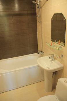 Hotel Rus - Bathroom  - #0