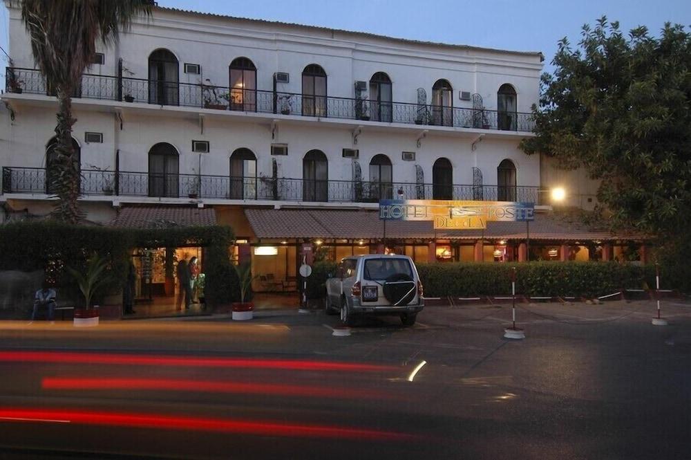 Hôtel de la Poste, Featured Image